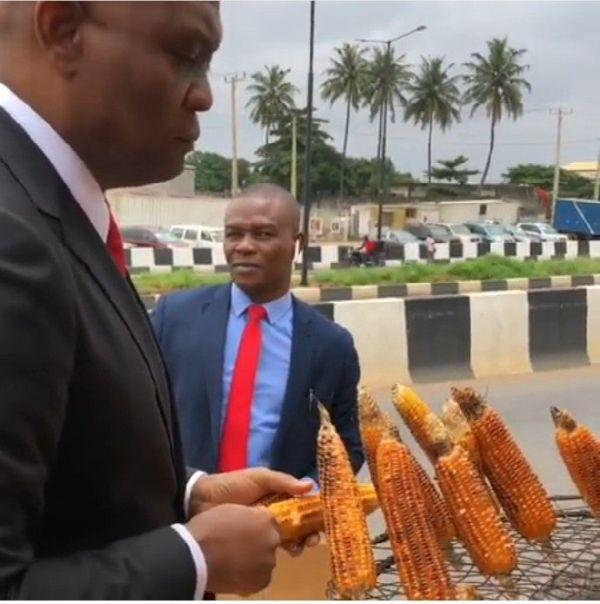 Wizkid Reacts As Billionaire Tony Elumelu Sampling Roasted Corn In Lagos 5