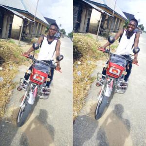 "Popular Bayelsa Based Rapper ""BRAVOPRINZ"" Spotted Riding Okada At Opokuma Bayelsa State"